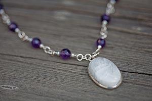 селенит - лунный камень